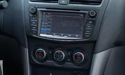 Mazda BT-50 moi them trang bi gia tu 655 trieu dong