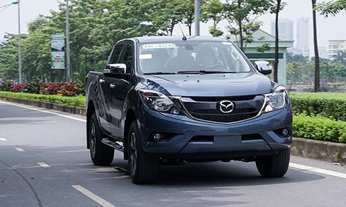 Mazda BT-50 mới ra mắt tại Hà Nội.