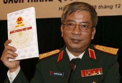 Thứ trưởng Quốc phòng Nguyễn Chí Vịnh công bố Sách trắng 2009. Ảnh tư liệu.