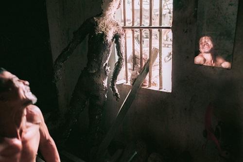 Một bức ảnh trong bộ Ý điên của Đỗ Vy. Ảnh: NVCC