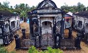 Khu mộ cổ như dinh thự của gia tộc miền Tây