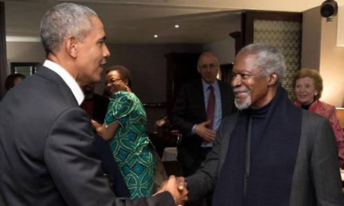 Cựu tổng thống Mỹ Barack Obama (trái) và cố tổng thư ký Liên Hợp Quốc Kofi Annan. Ảnh: Facebook/Barack Obama.