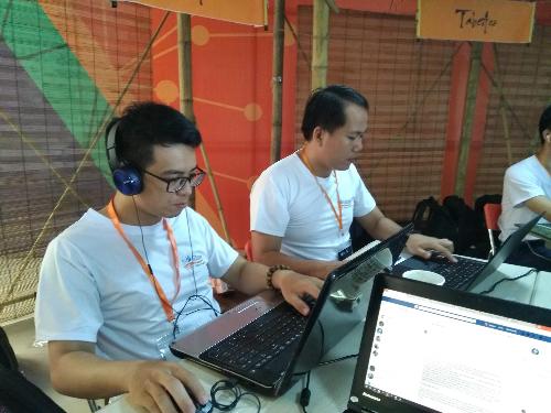 Tiêu đề Bỏ ĐH Bách Khoa, thành lập trình viên sau 1 tháng học trực tuyến