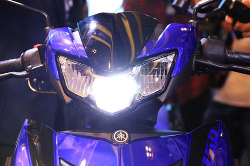 Đèn pha LED trên mẫu Yamaha Exciter đời 2018 ra mắt hôm 3/8 tại TP HCM. Ảnh: Đức Huy.