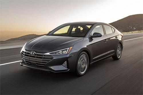 Hyundai Elantra phiên bản nâng cấp 2019.