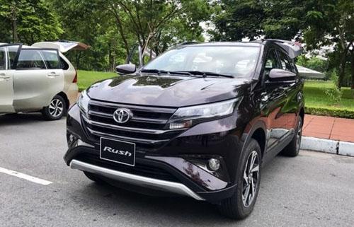 Toyota Rush trong một buổi đào tạobán hàng của Toyota tại Hà Nội. Ảnh: CTV.