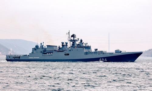 Tàu hộ vệ Đô đốc Grigorovich trên đường tới Địa Trung Hải hồi năm 2017. Ảnh:Livejournal.