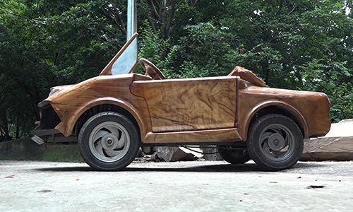 Siêu xe gỗ phong cách Lamborghini của chàng trai Hà Nội