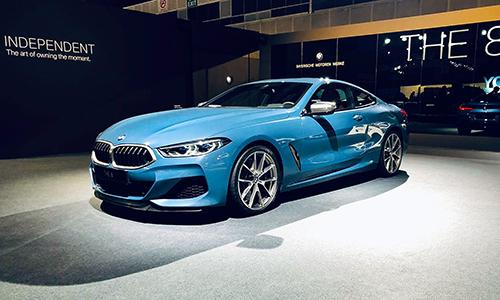 BMW M850i ra mắt khách hàng tại triển lãm riêng ở Singapore.