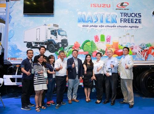 Xe đông lạnh Isuzu là sản phẩm hợp tác giữa Isuzu Việt Nam và Quyền Auto