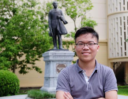 Lê Ngọc Trung - tốp 3 thí sinh có điểm thi khối B cao nhất cả nước, Á khoa đầu vào trường Đại học Y Hà Nội. Ảnh: Quỳnh Trang.