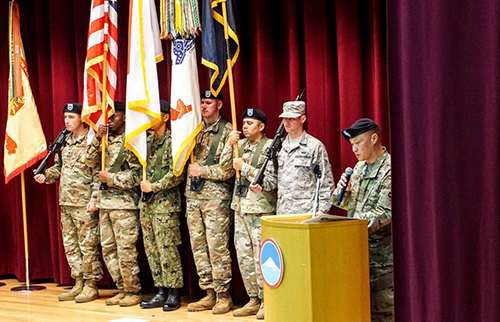 [Caption]Maj. Gen. Viet Xuan Luong speaks to soldiers after taking the helm of U.S. Army Japan at Camp Zama, Japan, Tuesday, Aug. 28, 2018.LEON COOK/STARS AND STRIPES