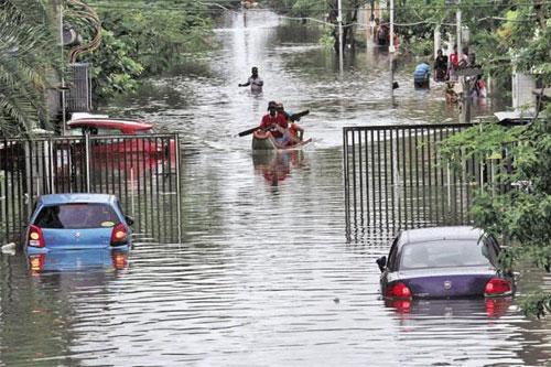 Hàng chục nghìn ôtô ngập nước ở Ấn Độ, thiệt hại 142 triệu USD - 7