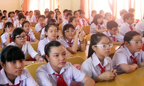 Một nguyên nhân dẫn đến quá tải sĩ số lớp học của các quận nội đô Hà Nội là do quy hoạch trường lớp chưa phù hợp.