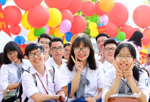 Học sinh Hà Nội dự lễ khai giảng năm học 2015-2016. Ảnh: Quỳnh Trang