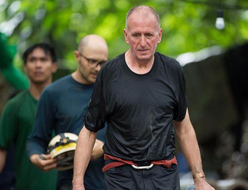 Thợ lặn người AnhUnsworth tại hiện trường cứu hộ đội bóng nhí Lợn Hoang ở hang Tham Luang, Thái Lan hồi tháng 7. Ảnh: Sun