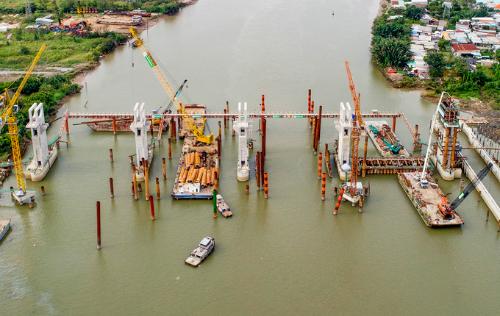 Dự án chống ngậpdo triều có xét đến yếu tố biến đổi khí hậu của TP HCM đến nay đã thi công được 72%. Ảnh: Quỳnh Trần