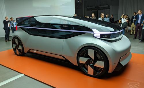 Xe ý tưởng Volvo 360cra mắt tại sự kiện riêng. Ảnh: The Verge.