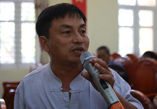Ông Phạm Minh Đường nêu ý kiến tại buổi đối thoại. Ảnh: Nguyễn Hải.