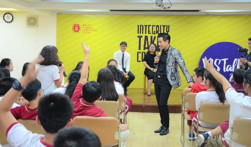 Học sinh VAS được truyền lửa qua 26 buổi chia sẻ thực tế của gần 20 nghệ sĩ, doanh nhân