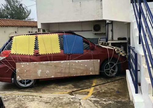 Thú chơi xe - Cách người Macau bảo vệ ô tô trước siêu bão (Hình 3).