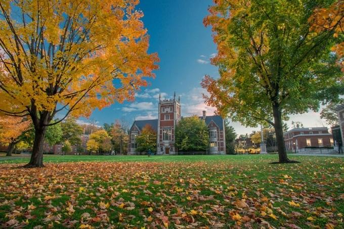 10 đại học khai phóng hàng đầu nước Mỹ