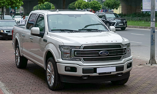 Ford F-150 Limited 2018 trắng - đầu tiên tại Hà Nội