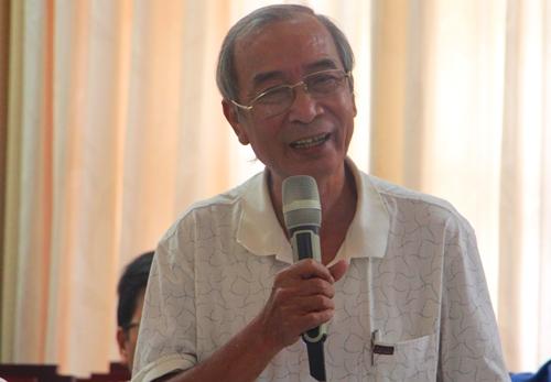 Ông Nguyễn Xuân Hoa đề nghị quy hoạch tổng thể núi Hải Vân. Ảnh: Võ Thạnh