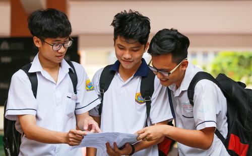 Thí sinh TP HCM thi THPT quốc gia năm 2018. Ảnh: Quỳnh Trần