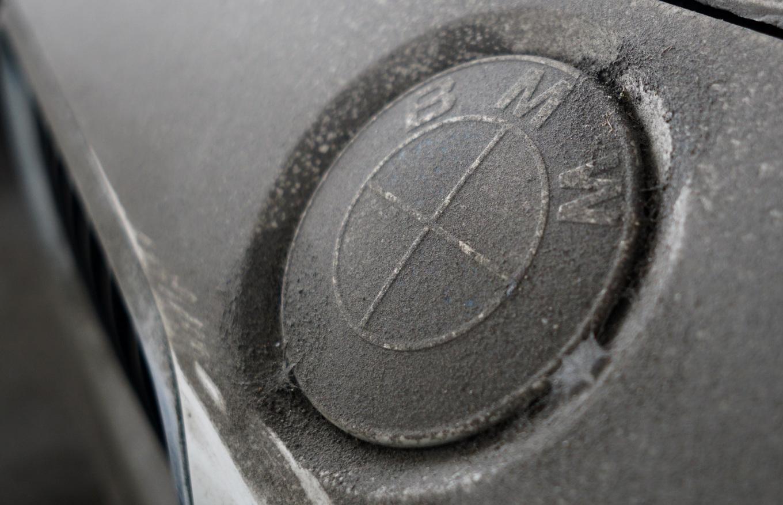Thị trường xe - Dàn xe BMW hơn 3 triệu USD xuống cấp sau 2 năm phơi nắng Sài Gòn (Hình 5).