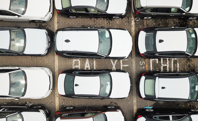 Thị trường xe - Dàn xe BMW hơn 3 triệu USD xuống cấp sau 2 năm phơi nắng Sài Gòn (Hình 2).