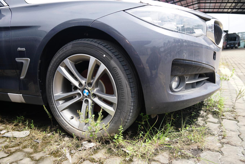 Thị trường xe - Dàn xe BMW hơn 3 triệu USD xuống cấp sau 2 năm phơi nắng Sài Gòn (Hình 10).