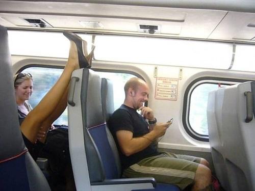 Nỗi ám ảnh khi đi phương tiện công cộng.
