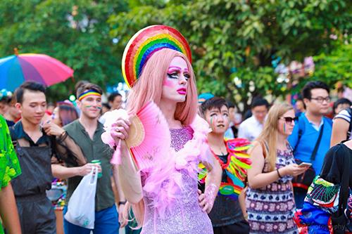 Ricardo Glencasa tại lễ diễu hành Viet Pride diễn ra trên phố đi bộ Nguyễn Huệ ngày 25/8. Ảnh:NVCC.