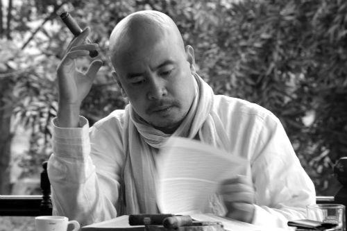 Đặng Lê Nguyên Vũ là doanh nhân và được xem như ông vua cà phê Việt. Ảnh: Forbes.