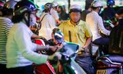 Kẹt xe ở Sài Gòn: Vì đường chật hay lòng người hẹp hòi?