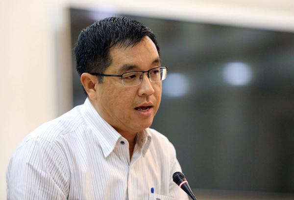 Ông Huỳnh Thanh Khiết, Phó chủ tịch UBND quận 2. Ảnh: Hữu Khoa.