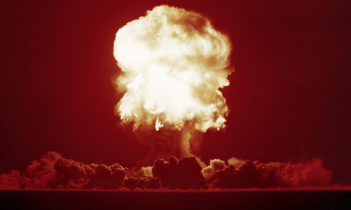 Một vụ thử hạt nhân của Mỹ trong thập niên 1950. Ảnh: US Army.
