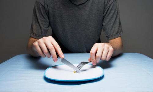 Bắt con nhịn ăn, bố mẹ có thể bị phạt đến 15 triệu đồng