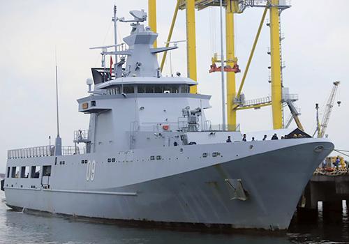 Tàu tuần tra của hải quân hoàng gia Brunei đến Đà Nẵng trưa 2/10. Ảnh: Nguyễn Đông.