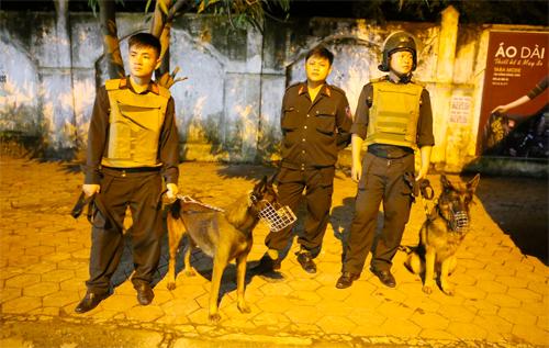 Nghệ An đã cử nhiều lực lượng tham gia cuộc bao vây Sơn trong ngày 1/10. Ảnh: Nguyễn Hải