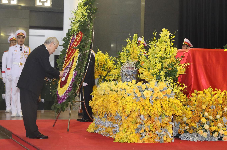 Những khoảnh khắc xúc động trong lễ viếng cố Tổng bí thư Đỗ Mười