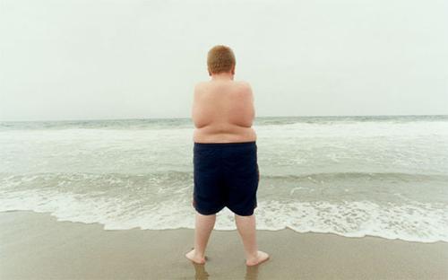 Trẻ béo phì là vấn đề nan giải của quốc gia phát triển. Ảnh: Telegraph.
