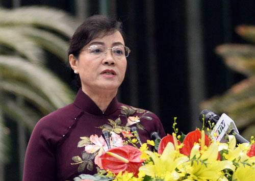Bà Nguyễn Thị Quyết Tâm phát biểu khai mạc kỳ họp bất thường. Ảnh: Lê Nam.