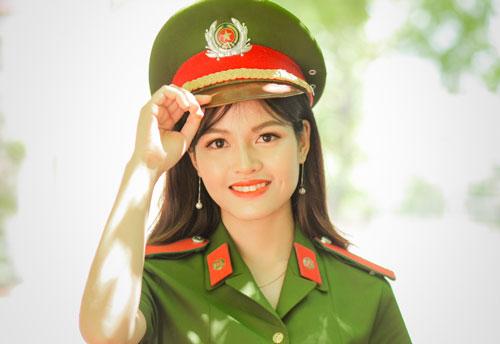 Lê Thị Thùy Linh, thủ khoa kép của Học viện Cảnh sát nhân dân. Ảnh: NVCC.