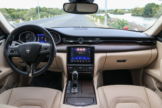 Maserati Quattroporte - khi nhà giàu bỏ 7,5 tỷ mua thứ - 14