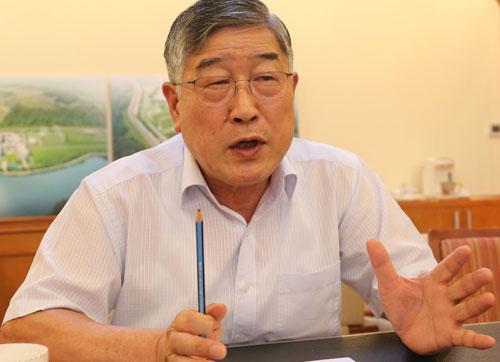 TS Kum Donghwa, Viện trưởng VKIST. Ảnh: BN.