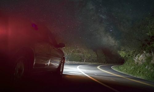 Sau vô lăng - 10 điều tài xế không được quên khi lái xe ban đêm