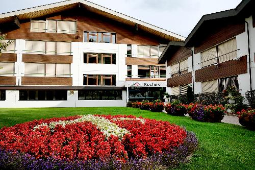 Trường Les Roches tại Thụy Sĩ.