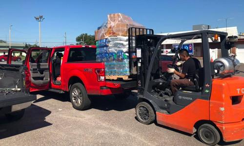 Hàng cứu trợ của nhóm người Việt tại Tallahassee chuyển đến Panama. Ảnh: Nguyễn Hải.